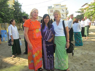 At the inauguration of the NTTC-Building Marianne Granz - Kay Thi - Gabi Baumeister (seen from left)