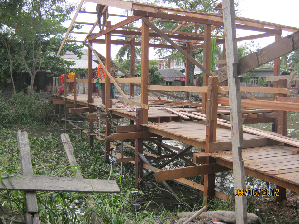 The donation of a wooden bridge