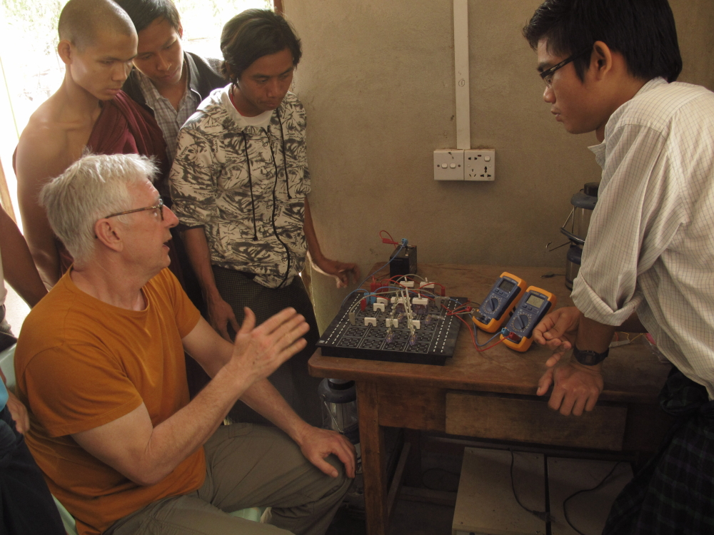 Training material of Lucas-Nülle in use in the Phaung Daw Oo School