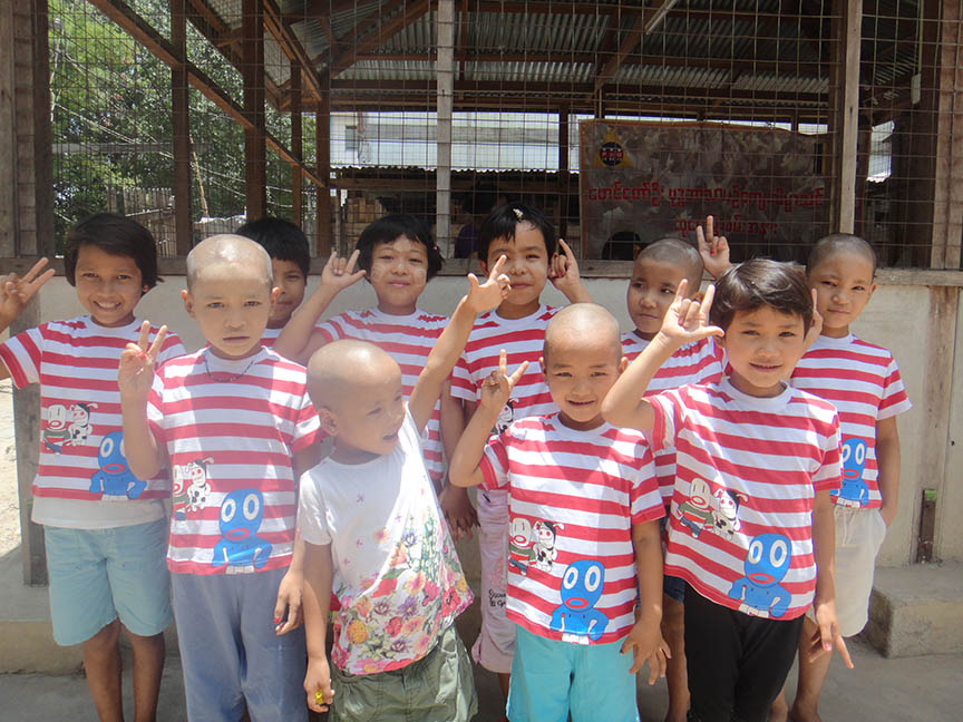 Donation: Ringed T-Shirts for the orphans