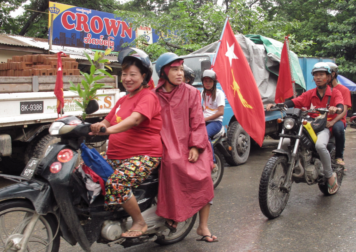Writing history: Burma votes for its future