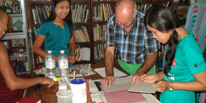Georg Grüneberg: as volunteer in the library of Phaung Daw Oo